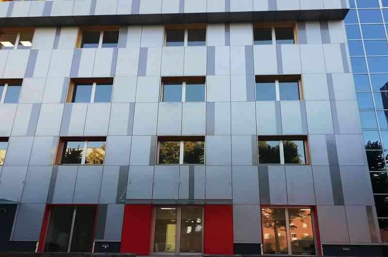 Foto della nuova sede della Camera di Commercio di Bologna in Via Marco Emilio Lepido 178